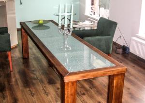 stol-duzy